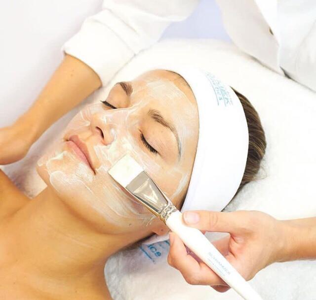 Kosmetische Behandlung